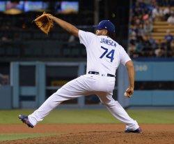 Dodgers' Kenley Jansen records 16th save of season against Mets in Los Angeles