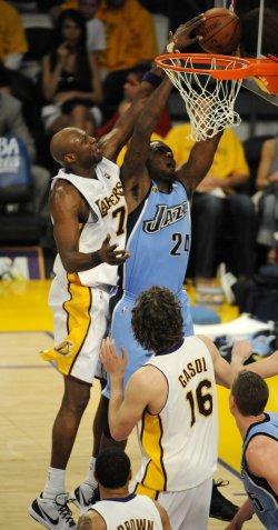 Utah Jazz vs Los Angeles Lakers in Los Angeles