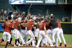 Diamondbacks' swarm Martinez