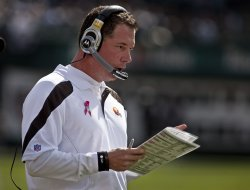 Cleveland Browns Head Coach Pat Shurmur works the sidelines in Oakland, California