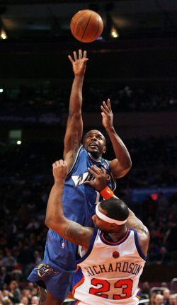 Washington Wizards vs New York Knicks in New York
