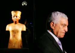 King Tut exhibit opens in New York