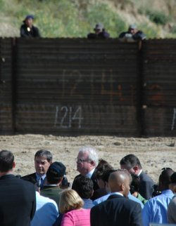 MEMBERS OF CONGRESS URGE COMPLETION OF BORDER FENCE