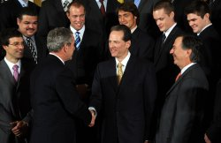 Bush hosts 2006-07 NHL Stanley Cup winning Anaheim Ducks at White House