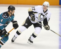 San Jose Sharks defeat Pittsburgh Penguins in San Jose