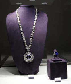 Press Preview of Elizabeth Taylor Collection at Christie's in New York