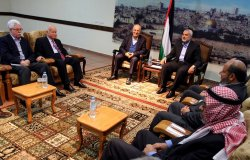 Hamas Meet With Fatah in Gaza