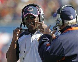 Bears coach Smith talks against Seahawks in Chicago