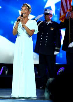 Vanessa Williams performs at the US Open Tennis Championships