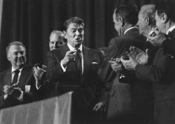 President Reagan Applauded by Cabinet Members