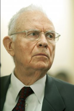 Former Rep. Lee Hamilton testifies on terrorist threats in Washington