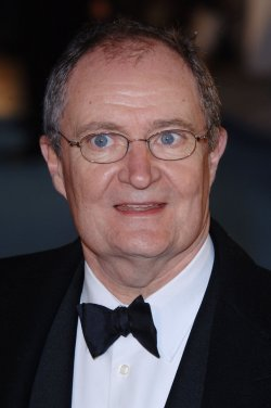 "ACTOR JIM BROADBENT AT ""THE CHRONICLES OF NARNIA"" WORLD PREMIERE"