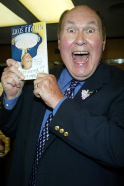 "Willard Scott signs copies of his new book ""The Older the Fiddle the Better the Tune"""