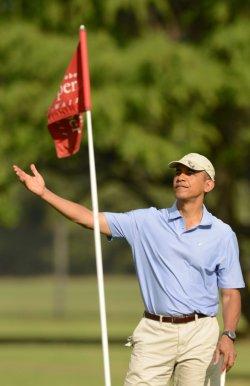 President Obama Plays Golf in Hawaii