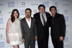 "Anne Hathaway, Ed Zwick, Oliver Platt and Jake Gyllenhaal arrive for the premiere of ""Love & Other Drugs"" in New York"
