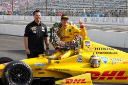 Ryan Hunter-Reay wins 98th running of Indianapolis 500 at the Indianapolis Motor Speedway