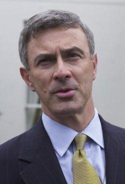 Cellucci sworn in as Canadian Embassador