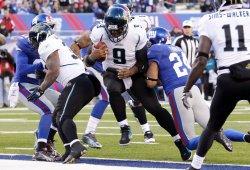 Jacksonville Jaguars David Garrard runs for a 5 Yard touchdown at New Meadowlands Stadium in New Jersey