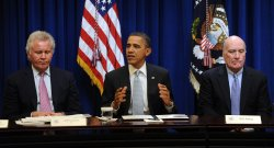 Obama meets with President's Council on Jobs and Competitiveness in Washington