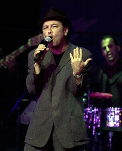 Ruben Blades performs for DNC voter registration drive concert