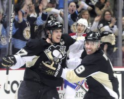 Penguins Crosby Scores in Second Period (87) in Pittsburgh