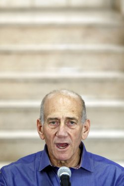 Ehud Olmert Acquitted of Major Corruption Charges in Israel