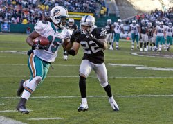 Miami Dolphins Davone Bess runs against the Raiders in Oakland, California