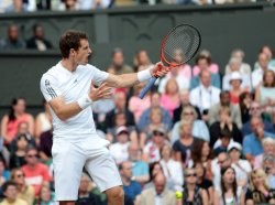 Andy Murray complains in his match with Fernando Verdasco