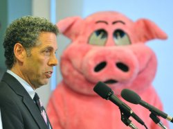 CAPW releases the 2009 Congressional Pig Book in Washington