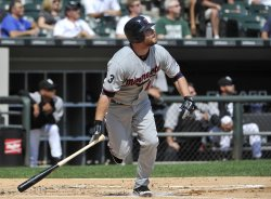 Twins' Kubel hits home run against White Sox in Chicago