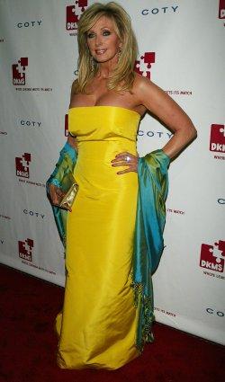 Linked Against Leukemia Gala in New York