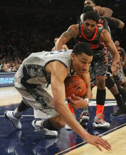 Seton Hall takes on Syracuse at the NCAA Big East Men's Basketball Championships in New York