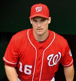 Nationals Willingham takes the field before game against the Diamondbacks in Washington
