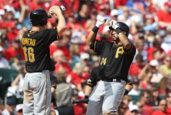 Pittsburgh Pirates vs St. Louis Cardinals in Game 2 of the NLDS
