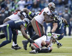 Seahawks come from behind to beat the Tampa Buccaneers 27-24 in overtime.