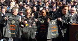WILD HOGS FILM STARS PROMOTE MOTORCYCLE SAFETY