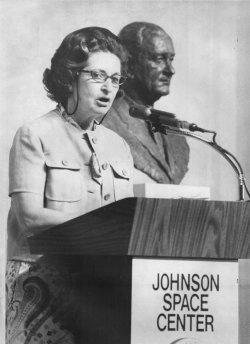 Mrs. Lyndon B. Johnson speaks at event renaming the space center in Houston as the Johnson Space Center