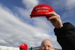 Donald Trump for President hat for sale in New Hampshire