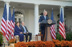 Bush makes statement on wounded warrior care at White House