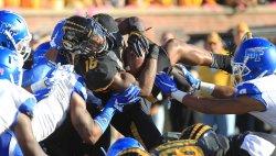 Missouri Tigers Damarea Crockett scores touchdown