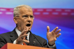 Lt. Col. Oliver North Addresses NRA Annual Meeting in Pittsburgh