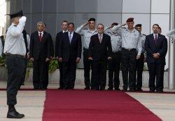 U.S. Defense Secretary Panetta meets withIsraeli Defence Minister Barak in Israel
