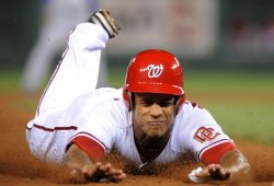 Nationals Maxwell steals third against Dodgers in Washington