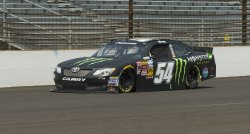 Kyle Busch wins pole of Nationwide Lilly Diabetes 250.