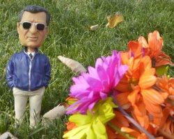 Bobble-head of Joe Paterno at Beaver Stadium in Penn State University