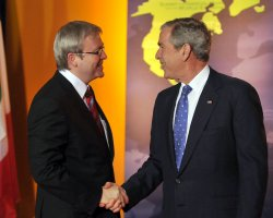 Bush Welcomes Summit Leaders to the National Building Museum