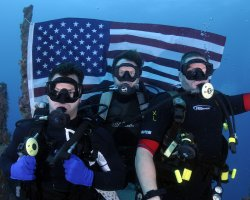 """Disabled US Marines from Iraqi war participate in """"Soldiers Undertaking Disabled Scuba"""" program off Florida"""