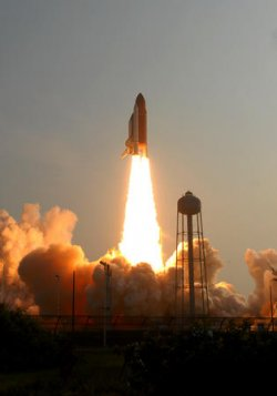 NASA'S SHUTTLE ENDEAVOUR LAUNCHES FORM THE KENNEDY SPACE CENTER