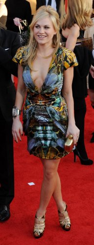Anna Paquin arrives at the 16th Screen Actors Guild Awards in Los Angeles