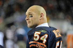 Bears Urlacher stands on sidelines in Chicago